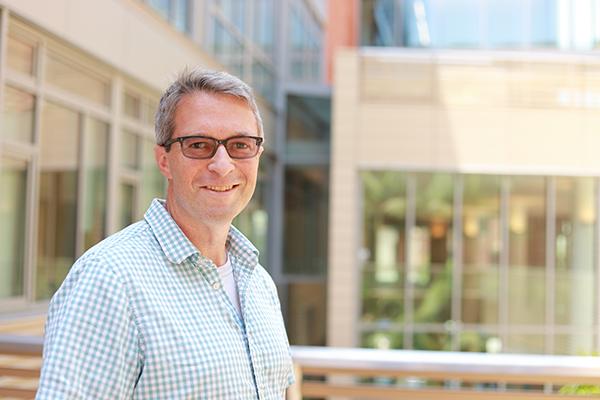 Jeff Eldredge studies nature to understand the unsteady flows around us