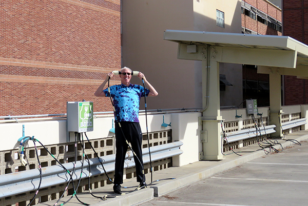 Sustainability champion Bill Walton powering up with solar energy at UCLA SMERC