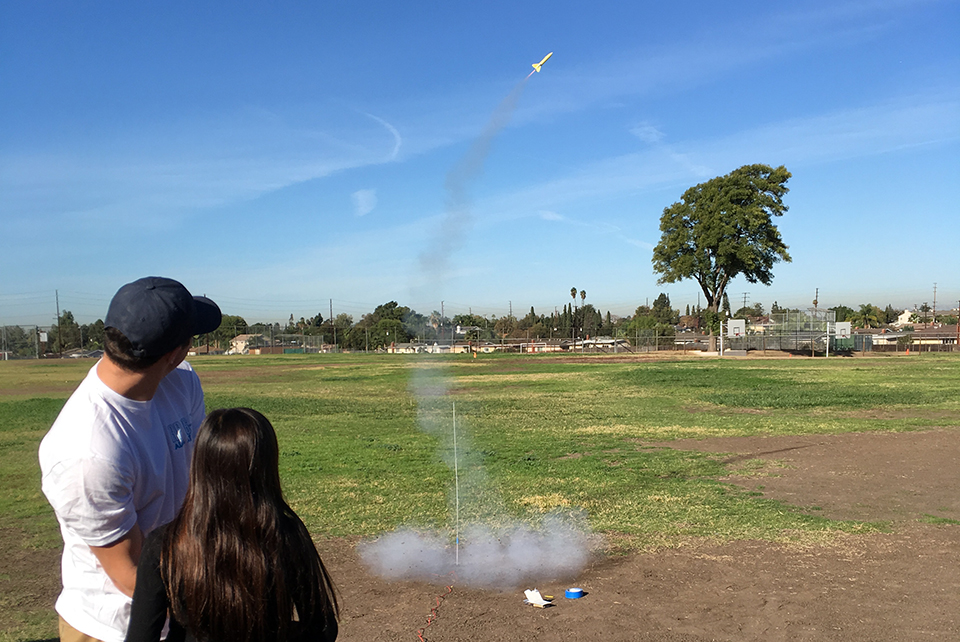 Rocket Project at UCLA Visits Scott Avenue Elementary School